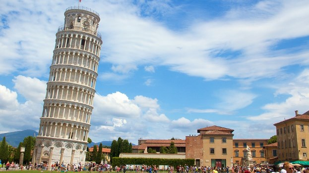 History and intrersing fact of  Lening Pisa Tower in hindi